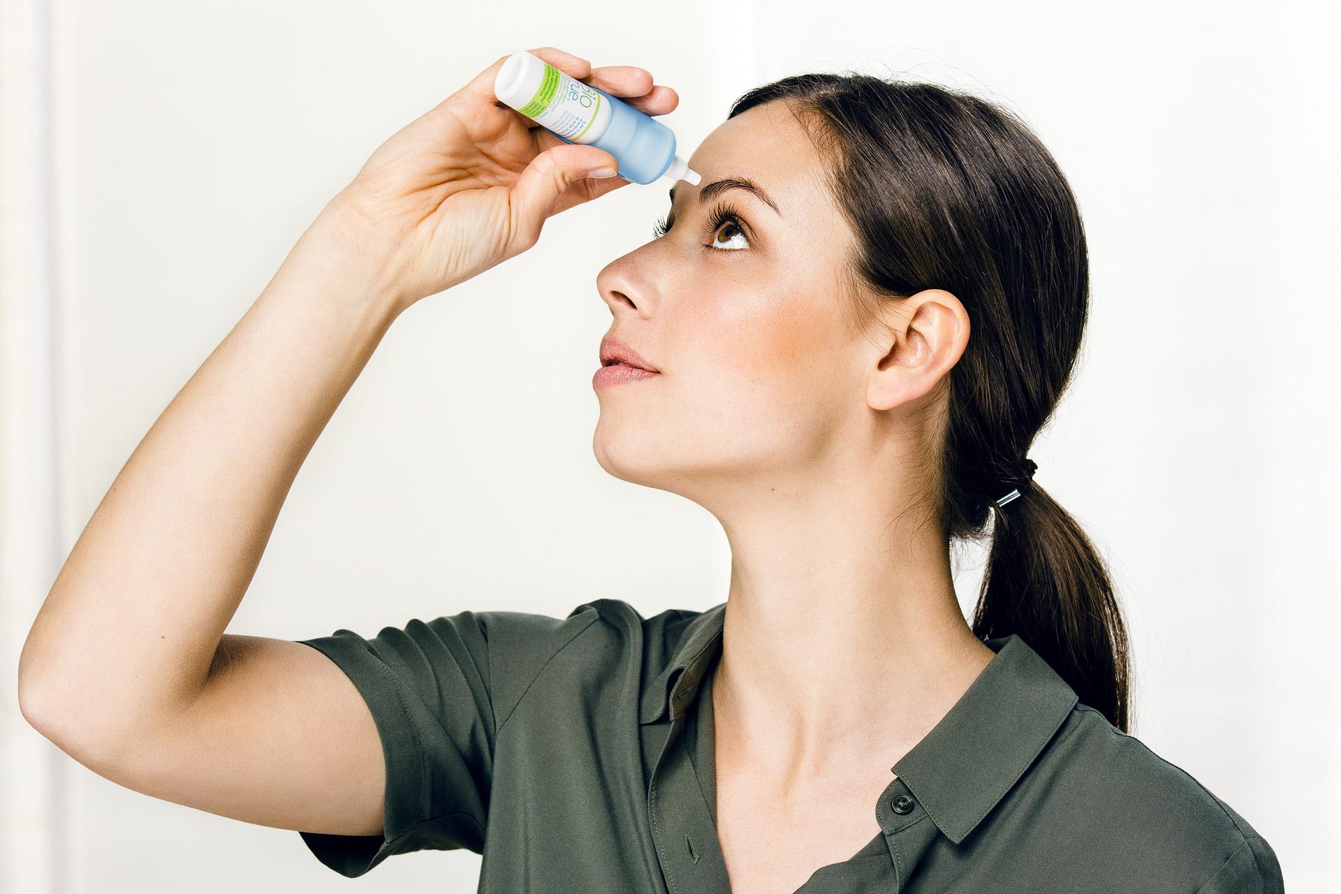 Nachbenetzungstropfen Kontaktlinsen