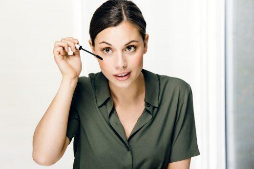Makeup mit Kontaktlinsen